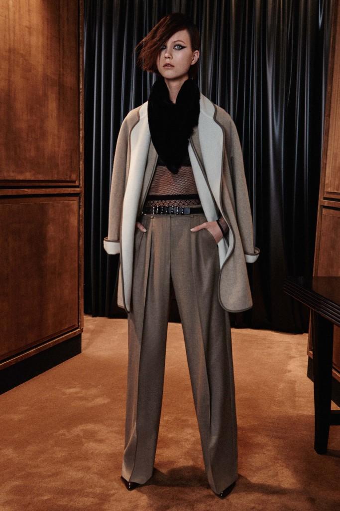Max-Mara-pre-fall-2016-fashion-show-the-impression-12-683x1024