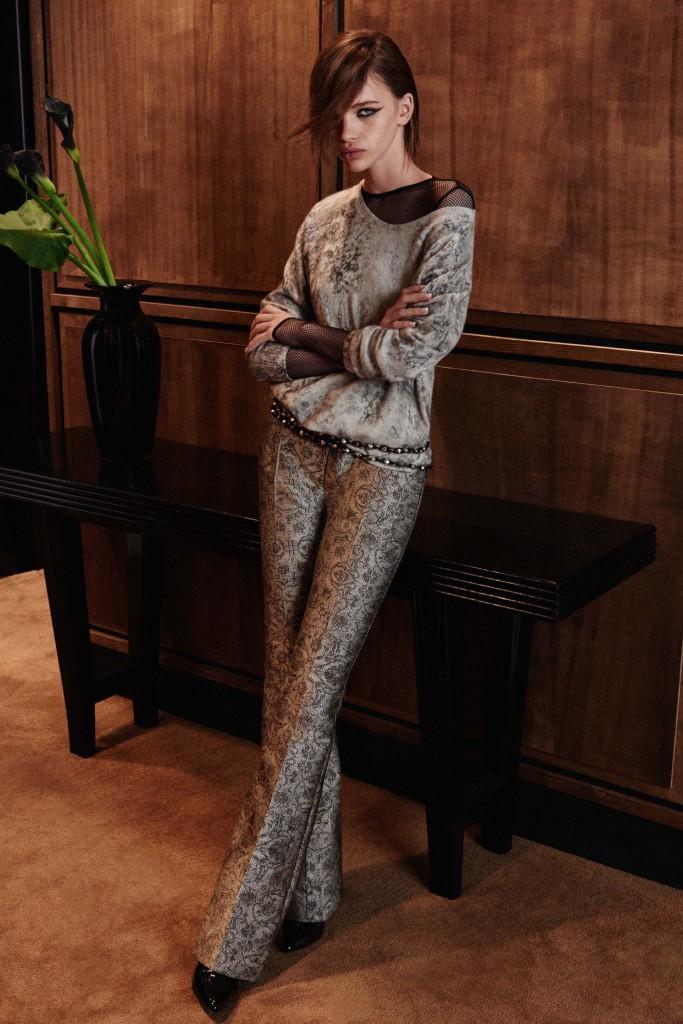 Max-Mara-pre-fall-2016-fashion-show-the-impression-14-683x1024