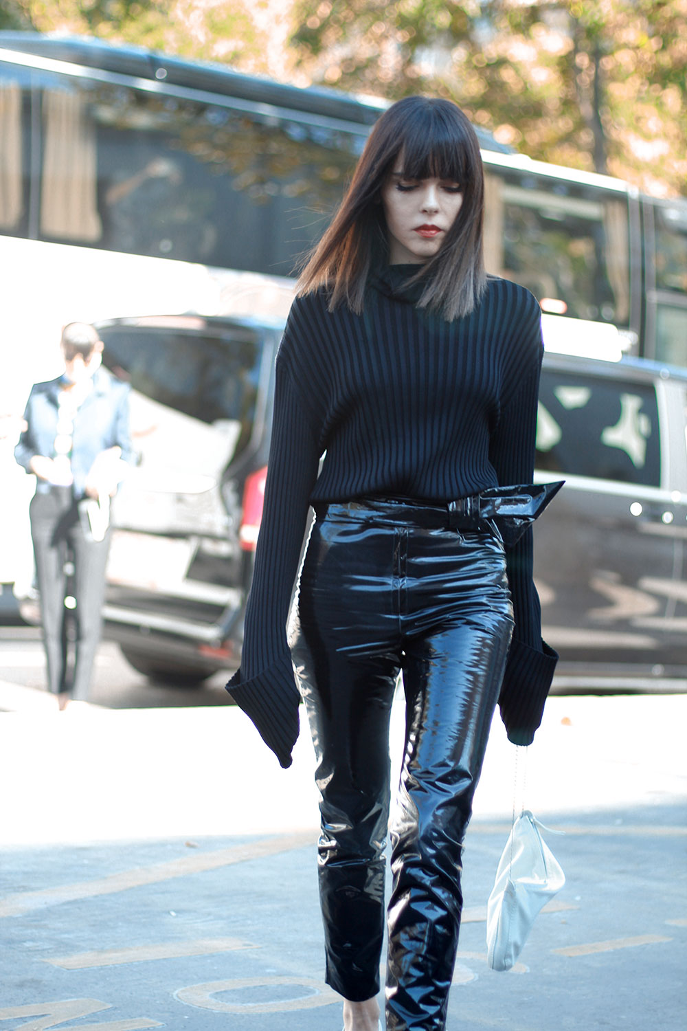 Street Style Snaps From Pfw Ss 2017 The Agnese B Show At