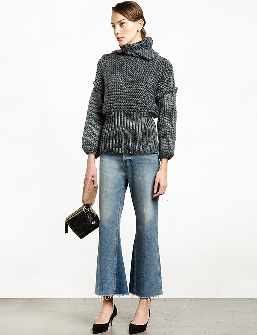 pixie-market-grey-chunky-knit-balloon-sleeve-crop-sweater-2632