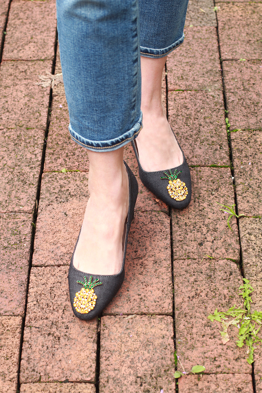 Zara-pineapple-mules-web