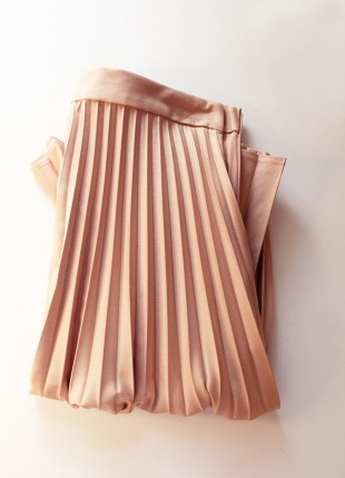 A Crop Top, A Pleated Skirt, ALLIE NYC, and NYFW - ALLIE NYC